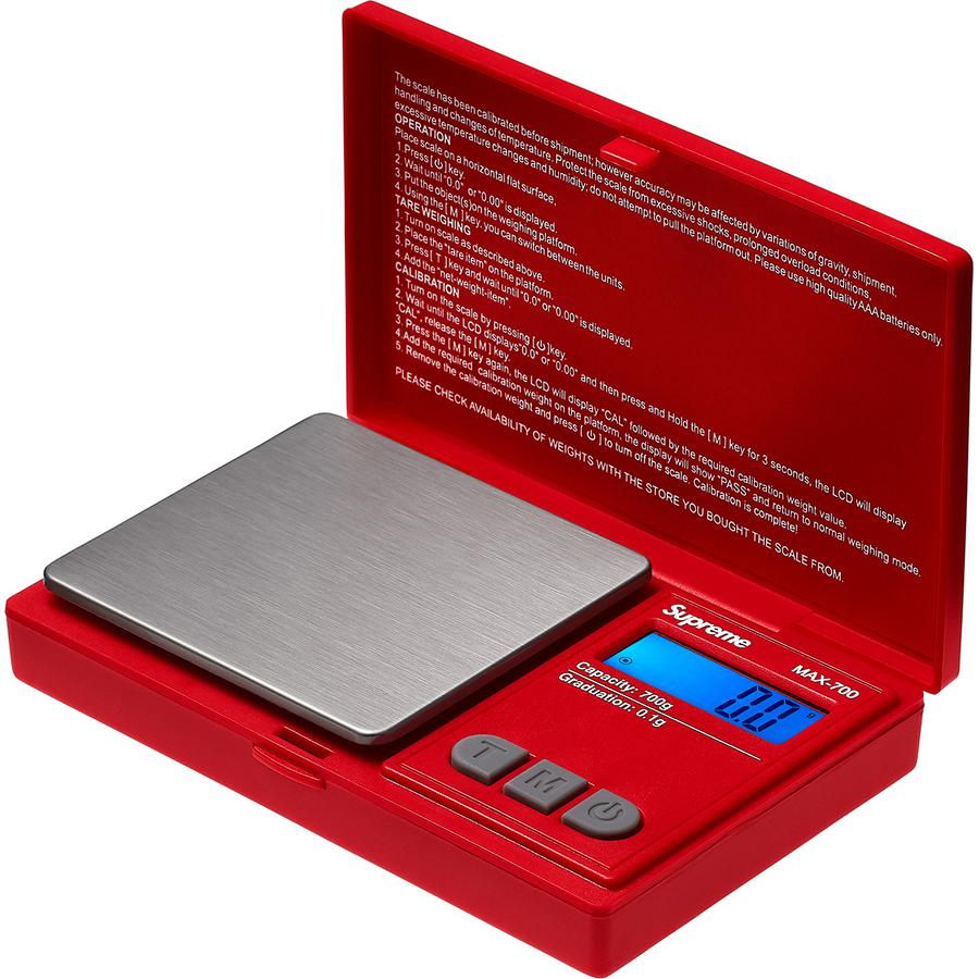 "Supreme®/AWS® MAX-700 Digital Scale - Plastic and stainless steel digital pocket scale. Printed logos on top and above LCD display. Maximum weight capacity is 700g. 4.5"" x 3"" x 1""."