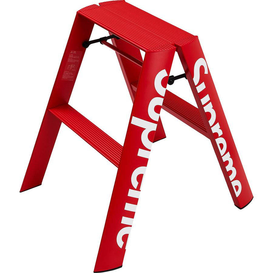 "Supreme®/Lucano® Step Ladder - Aluminum and steel with powder coated finish and printed logo on side. Open: 19"" x 22.5"" x 22"". Closed: 19"" x 6"" x 24.5""."
